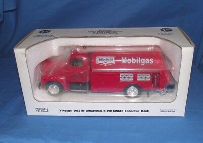 MIB Mobile Gas Tanker Collector Bank 1/34 scale #20-1678 1957 model