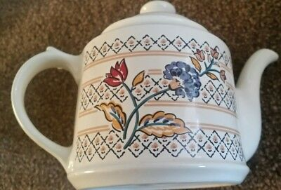 Boots Camargue Small Teapot 1.25 Pints Tea For Two