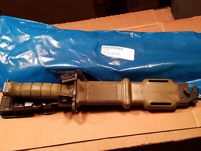 NEW Tri Technologies M9 Fighting Knife UNUSED - NEW IN BAG