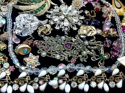 Large Lot Of Vintage~Retro Rhinestone, Crystal.. Jewelry For Repair, Parts (E26)