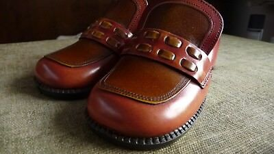 Children's vintage Finn leather shoes 1960's / 70's. Size 7