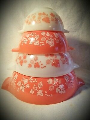 PYREX Gooseberry Pink Cinderella Style Mixing Bowl Set of  4 Gooseberry 440