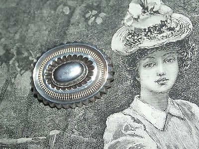 Lovely Antique OVAL VICTORIAN ERA SILVER TONE Old Brooch C Clasp Pin (J147)