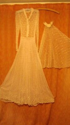 1940,s ORIGINAL WEDDING DRESS AND VEIL MADE FROM NET CURTAINS.(MAKE DO AND MEND)