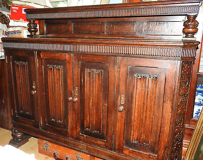 nice antique solid wood  OAK CARVED AND LINENFOLD SIDEBOARD, with raised back