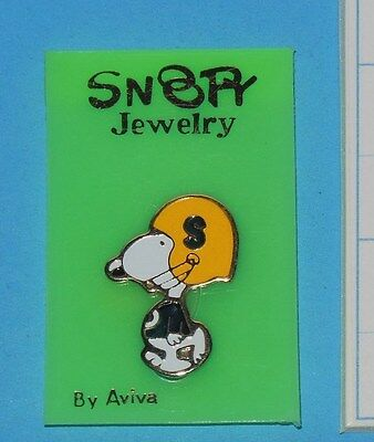 Vintage Aviva Snoopy Jewelry Pin Football Mint Condition W Original Paper Tag