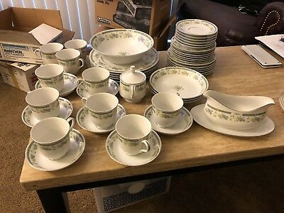 Four Crown China Barclay 519