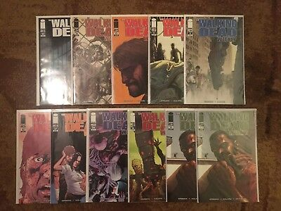 Walking Dead Weekly Lot Of 11 NM #4,11,12,16,20,23..