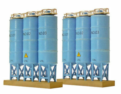Tomytec (Komono 113) Bulk Tank B (Triple Upright Bulk Tanks) 1/150 N scale
