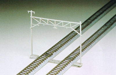 Tomix 3004 Overhead Wire Mast for Double Tracks Modern Type (6 Pieces) (N scale)