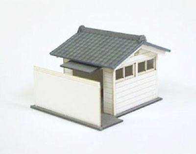 Sankei MP04-21 Public Toilet A 1/150 N scale