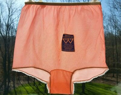 Vtg Peachy Pink Double Gusset Tricot Nylon Panties with Lace Trim 7