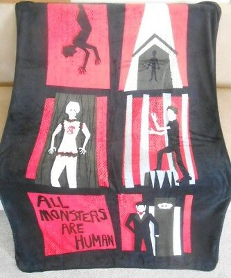 NWT METALLICA MASTER Of Puppets Grave Stone Cross Metal Band Plush Delectable Metallica Throw Blanket