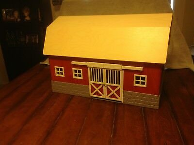 SCHLEICH Big Red Barn Retired Item No. 42028 Missing parts