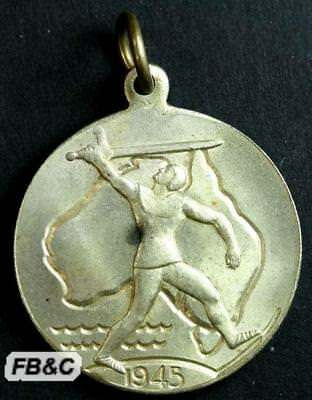 WWII Childrens 1945 Victory Medal - Australia - 28mm