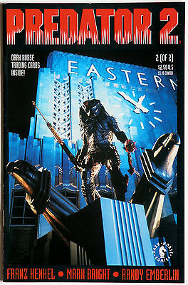 Predator 2 #2 Official Movie Adaption inc Trading Cards Dark Horse