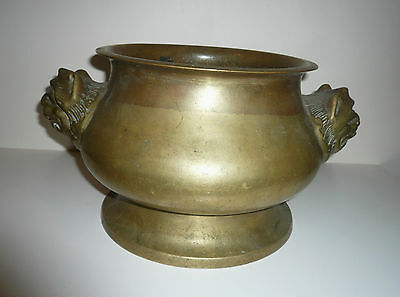 Antique Chinese Bronze Incense Burner Mythical Dogs Heads Makers Mark On Base