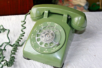 Green Western Electric Bell System 500 Rotary Desk Telephone Made in USA