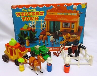 1982-84 Vintage Fisher Price PLAY FAMILY WESTERN TOWN #934 Complete w/Box