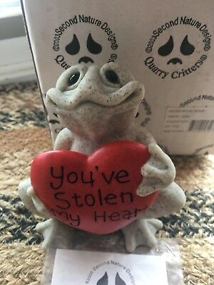 Quarry Critters You've Stolen My Heart Frog  Stone Figurine With Original Box