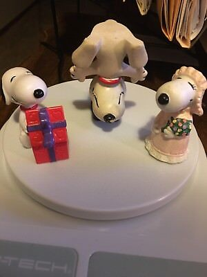 Vintage PEANUTS GANG Rubber FIGURINES with ACROBAT SNOOPY Lot of 3