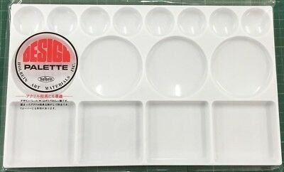 Holbein Medium White Plastic Palette  -  16cm x 27cm - Suitable for all Mediums