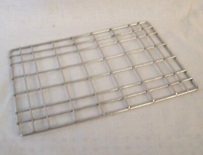 "Restaurant Supplies 3 NEW HALF SIZE WIRE RACK INSERTS 10"" long x 7"" wide"