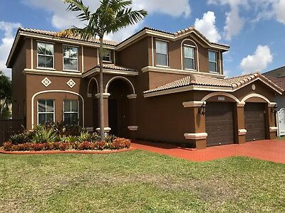 4/3 Single Family house Home In Miami Florida upgrades MUST SEE excellent condit