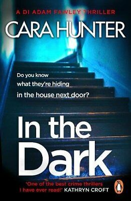 In The Dark: from the bestselling Richard and Judy Book Club author (DI Fawley