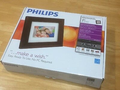 """Philips Home Essential Digital Photo Frame 7"""" LCD panel brown wood SPF3470/g7"""