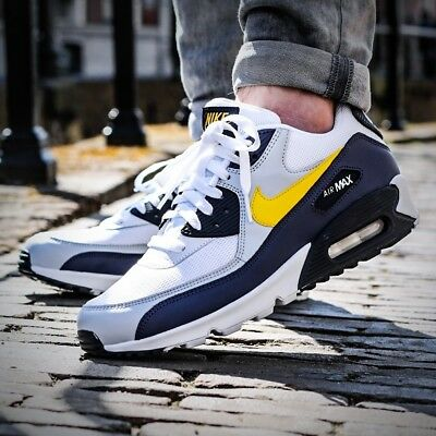 reputable site fa590 05f2d Nike Air Max 90 Essential MICHIGAN Sneaker Men s Lifestyle Shoes