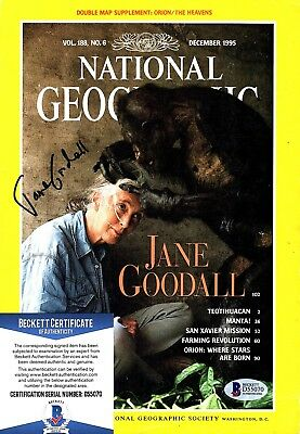 JANE GOODALL Signed AUTOGRAPHED NATIONAL GEOGRAPHIC MAGAZINE BECKETT #D55070