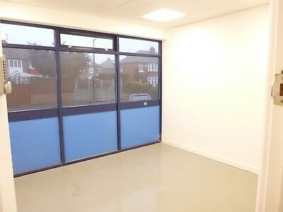 Clean Secure Storage / Craft Hobby Units To Let Rent Doncaster Balby Area