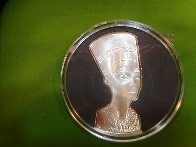 1 oz. SILVER QUEEN NEFERTITI'S BUST COIN 2012 - COA-LIMITED ISSUE OF 2,000