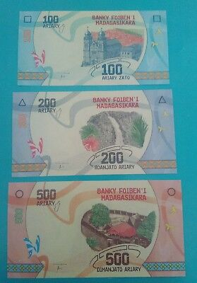Madagascar 100/200/500 ariary 2017 in fds