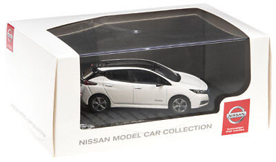 Nissan Leaf 2018 Model Car 1/43 in Presentation Box New + Genuine WHITE LEAF014