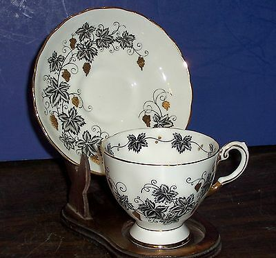 Tuscan Fine Bone China Cup And Saucer Made In England D1511