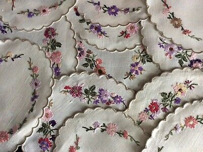 Beautiful Set 12 Vintage Linen Hand Embroidered Table Mats ~ 6 Place Settings
