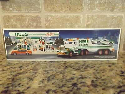 Hess 1991 Toy Truck & Racer, Mint in Box MIB, New Batteries, Never Played With!