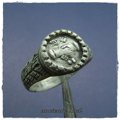 ** CLASPED HANDS **  beautiful  WEDDING ancient SILVER Roman ring !!!