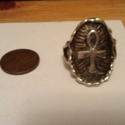 VINTAGE OUTSTANDING SILVER TONE CROSS RING SIZE 10  lot 43-63