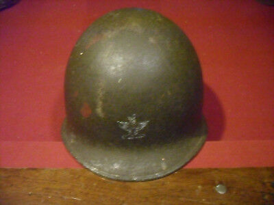WWII US M! Helmet fix bail  col. eagle on front