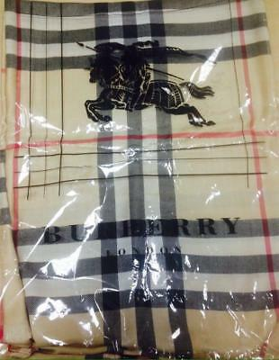 NEW Burberry The Classic Vintage Check Cashmere Scarf on Sale