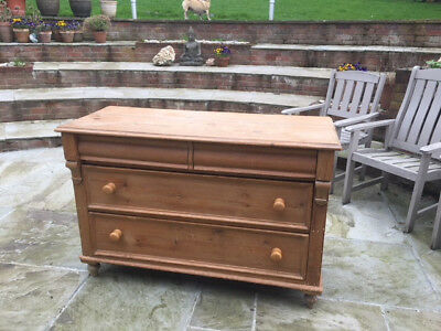 Antique Pine Chest - 2 top drawers x 2 deep drawers