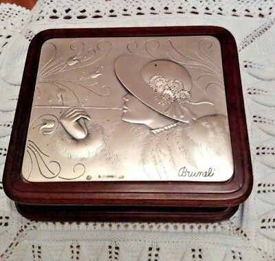 Lovely Art Deco Box With 925 Silver Top.