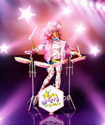 NRFB Integrity Toys Jem and The Holograms Raya Alonso