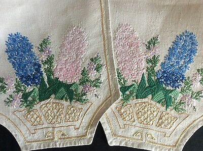 Stunning Vintage Linen Hand Embroidered Table Runner ~ Beautiful Hyacinths