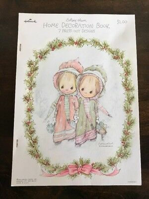 Vintage Betsey Clark Home Decoration Book 7 Press-Out Designs Christmas 1975 NOS