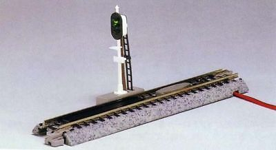 "Kato 20-605 124mm (4 7/8"") Automatic 3 color Signal (1 piece) (N scale)"