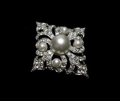 Stunning Vintage Estate SARAH COVENTRY Rhinestone Faux Pearl Large Pin Brooch
